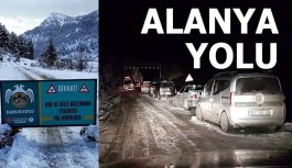 Alanya yolunu kar bastı 4 saat trafiğe kapandı