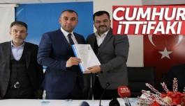 MHP'li, meclis üyeliği aday adaylığı için Ak Partiye başvurdu...