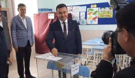 Alanya da başkan adayları arasında ilk Yücel kullandi