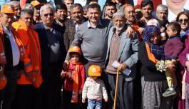 Başkan Yücel, Yeniköy'de vatandaşları dinledi