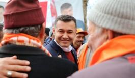 Yücel'e Türktaş'da sevgi seli!