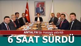 Akşener Akdeniz Bölgesi il başkanlarını ağırladı