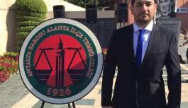 Alanya'da avukatlar, Atatürk anıtına çelenk sundu