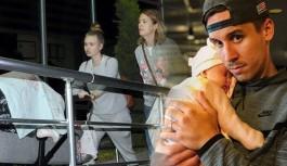 Josef Sural'ın 2.5 ay önce Prag'da kızı dünyaya gelmişti