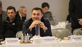 Başkan Yücel'den, Alanya turizmini ve sorunları aktardı