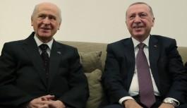 """AK Parti, Devlet Bahçeli'nin """"Vekil transferi yasaklansın"""" çağrısına kapıları kapadı"""