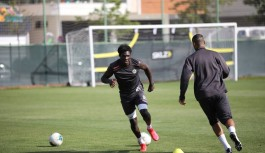 Beşiktaş'ın ilk transferi Fabrice N'Sakala!