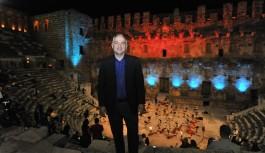 Turizm bakanı Ersoy: İkinci dalga olayına inanmıyorum