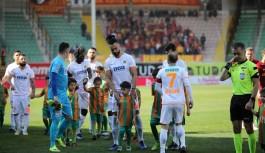 """Alanyaspor'lu Caulker: """"Türkiye Kupası finali için sabırsızlanıyorum"""""""