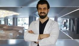 Dr. Emrah Çinik: Erkeklerde sakal ve bıyık eksikliğine dikkat çekti!