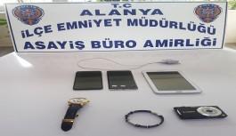 Alanya'da evden elektronik eşya çalan şüpheli yakalandı