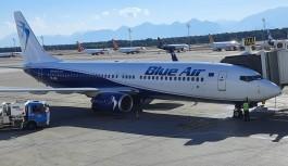 ''Antalya Havalimanı'na günde 100'den fazla uçak geliyor''