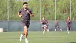 Fenerbahçe stoper arayışını Caulker ile bitirmek istiyor!