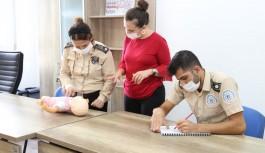 ALKÜ'de ilk yardım eğitimleri