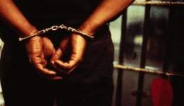 Eşini öldüresiye döven koca tutuklandı