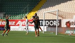 İlk yarı sonucu Alanyaspor 4-Hatayspor 0