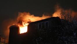 Alanya'da otelin çatı katında yangın çıktı