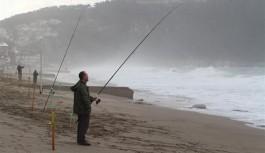Alanya'da olta balıkçılığına en az 3 metre kuralı!