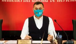 """Başkan Yücel'den 82 temalı maske ile yeni yılda """"İL"""" temennisi!"""