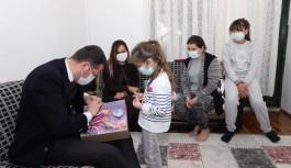 Kaymakam, küçük Azra ve ailesinin misafiri oldu!