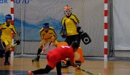 Alanya'da salon hokeyi 2. lig plaf-off maçları başladı!