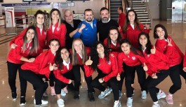Kadınlar Avrupa hokey şampiyonası Alanya'da yapılacak