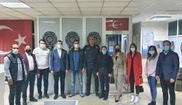 Ak Partili gençlerden polislere ziyaret