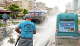 Ana caddelere dezenfekte edildi!
