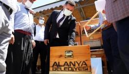2 bin arı kovanı ücretsiz dağıtıldı