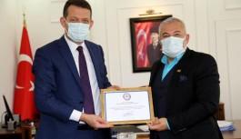 Kaymakam'dan Şahin'e teşekkür belgesi