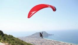 Alanya'da yamaç paraşüt kupası başladı
