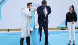 ALKÜ'lü akademisyenler akademik cübbelerini giydi!
