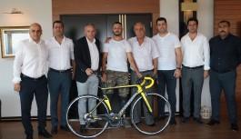 Bisiklet sporuna bir destekte Özdemir ailesinden!