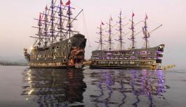 Türkiye'nin en büyük tur teknesiydi!