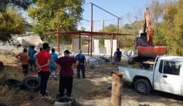 Alanya'da hazine arazi üzerine yapılan yapılar yıkıldı!