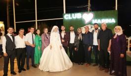 Rüya gibi bir düğünle evlendiler!