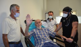 Yeniden hayata merhaba. Alanya'da 82 yaşındaki dede virüsü yendi!