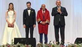 Alanyalı Bakan Çavuşoğlu, Ankara'da kızını evlendirdi!