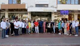 Başkan Şahin Alanya'da can dostlarımızı sevindirdi