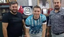 Mahmutlarsporda 22 futbolcu ile sözleşme