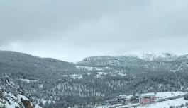 Alacabel'de kar ve tipi etkili oluyor