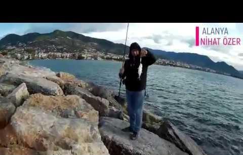 Alanya sahilinde turna ve tral avı