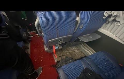 Antalya,'da Alanyaspor takım ve taraftar otobüslerine taşlı saldırı