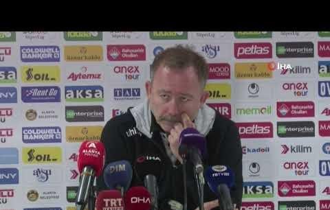 Sergen Yalçın'dan gol kaçıran Cisse ile ilgili açıklaması
