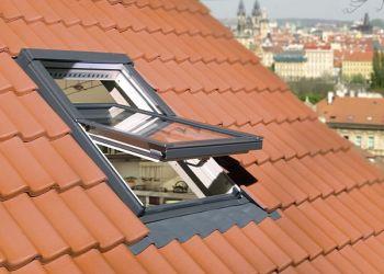 Fakro Çatı Penceresi