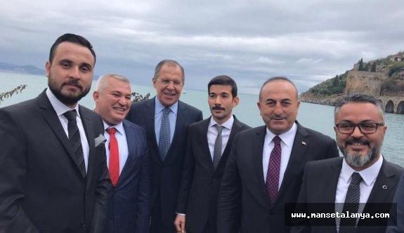 Bakan Çavuşoğlu'ndan 'pasaportsuz seyahat' açıklaması