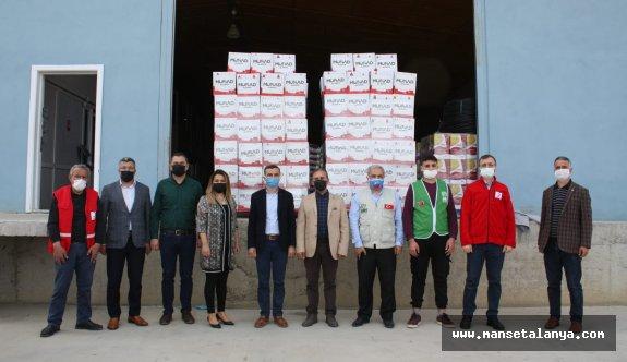 Alanya MÜSİAD 200 yardım kolisi hazırladı