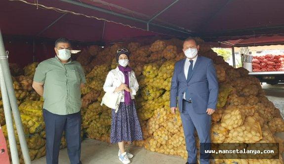 Patates ve soğanlar Alanya'ya geldi