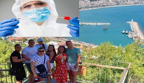 Hollanda'dan Türkiye'ye gidecek olanlara ücretsiz PCR testi