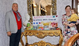 Litvan ailelerden Ahmet bebek için kermes!